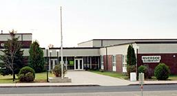 Photo of the front of Riverside Elementary School